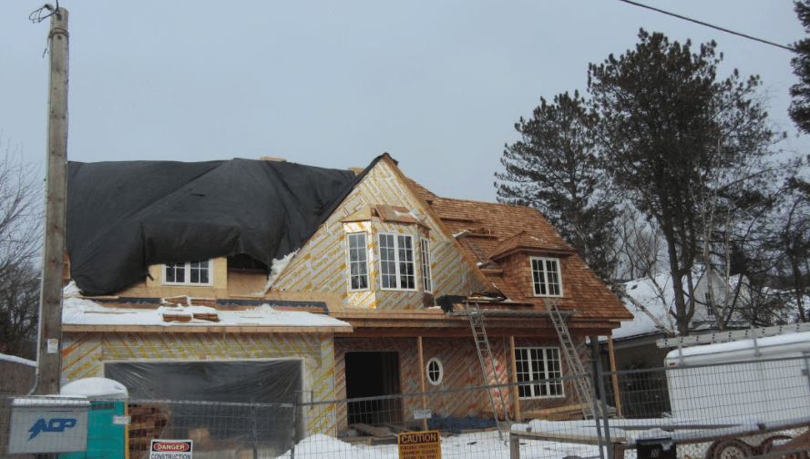 Winter Roofing: 3 Things Your Contractor Should Always Consider